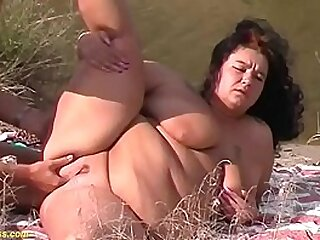 extreme fat bbw milf enjoys her first rough outdoor fucking